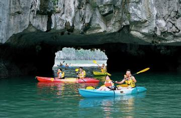 Family Adventure Tour Vietnam 14 days