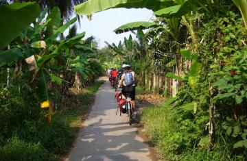 Mekong Delta Highlight Biking Tour 2 days