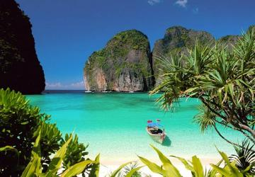 Colorful Vietnam - Thailand Tour with Phuket 17 days