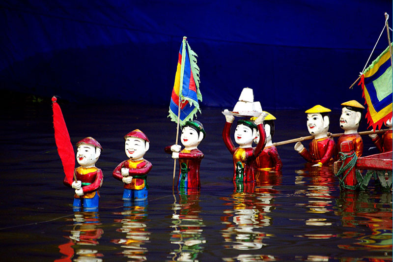 Vinh quy bai to- Water puppet